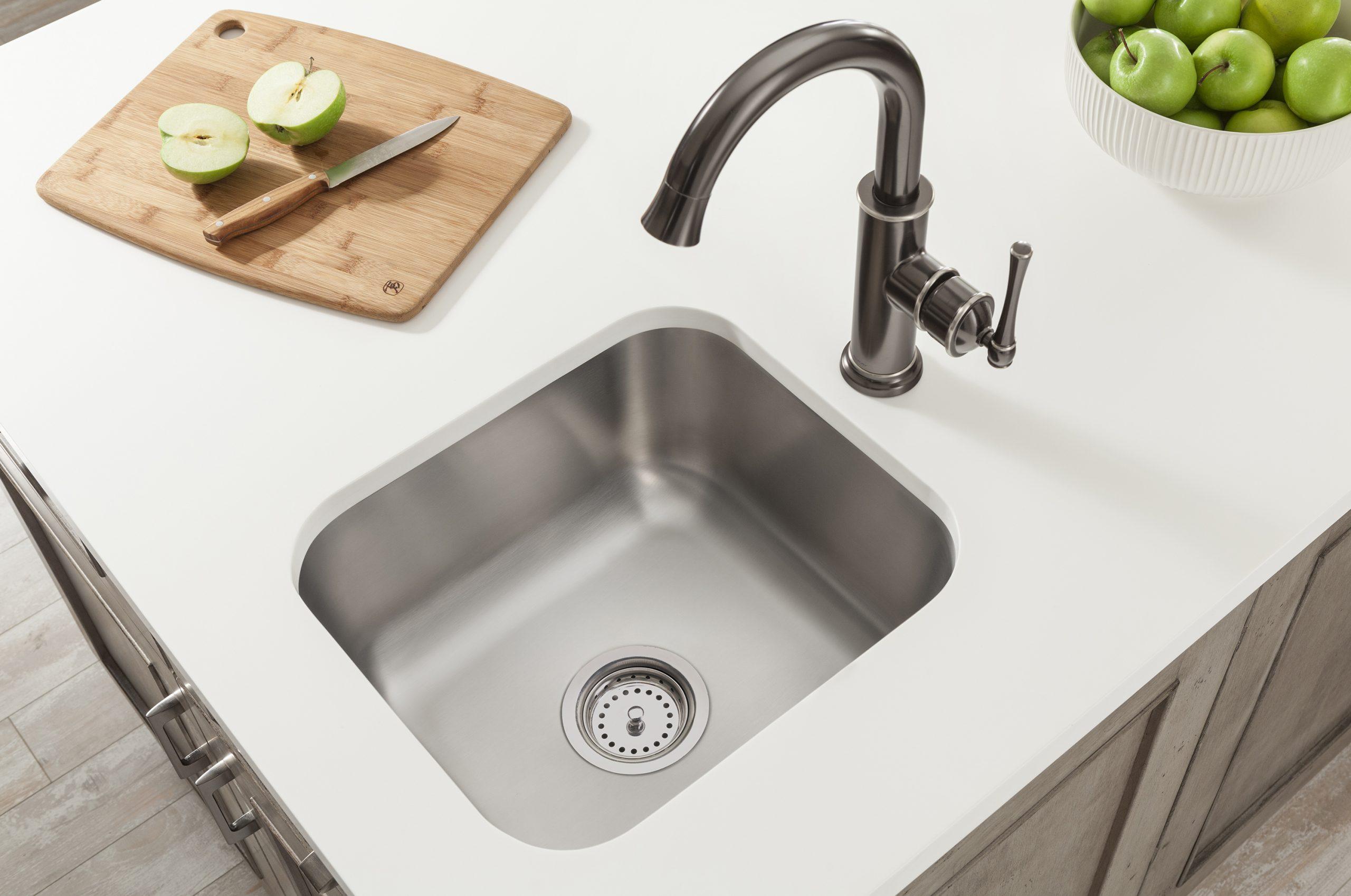 Undermount stainless steel Sinks